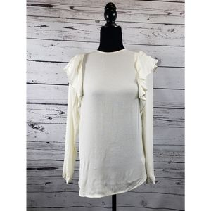 H&M Tops - 👻NWT Off White Ruffled Shoulder H&M Blouse👻